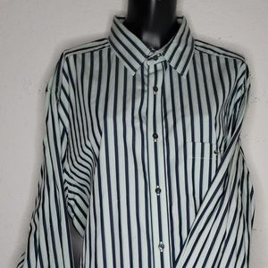 Lacoste Mens 44 Modern Fit Striped Button Up
